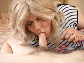 Jenny4Fun - Bedroom Fuck Fun