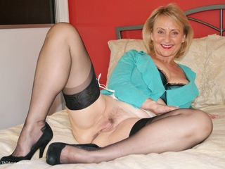 Sugarbabe - Cock Sucking HD Video