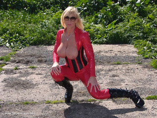 Melody - Red Catsuit Pt2 Picture Gallery