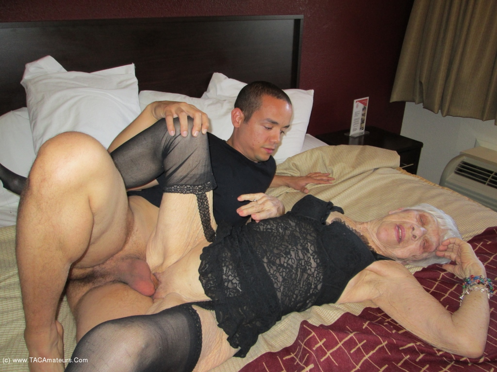 Fucking sex with granny