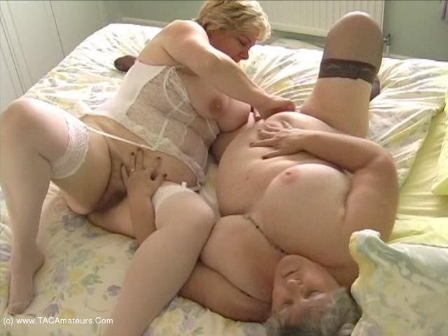 GrandmaLibby - Lesbe Friends Pt7