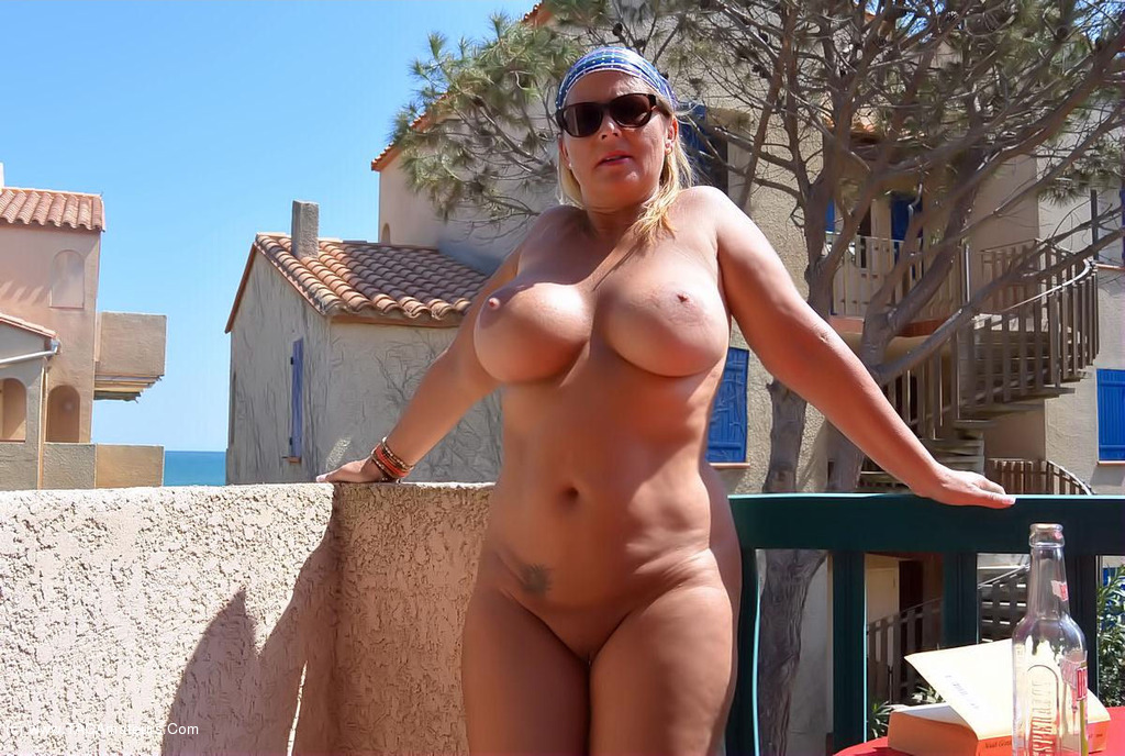 naked amateur cougar beach - nudechrissy - Easter Nudist Beach Free Pic 2
