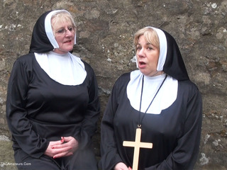 Claire Knight - Nuns On The Run HD Video