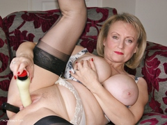 Sugarbabe - Black Toy HD Video