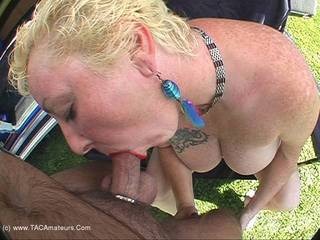 Mary Bitch - Sucking Cock In The Part Pt1 Video