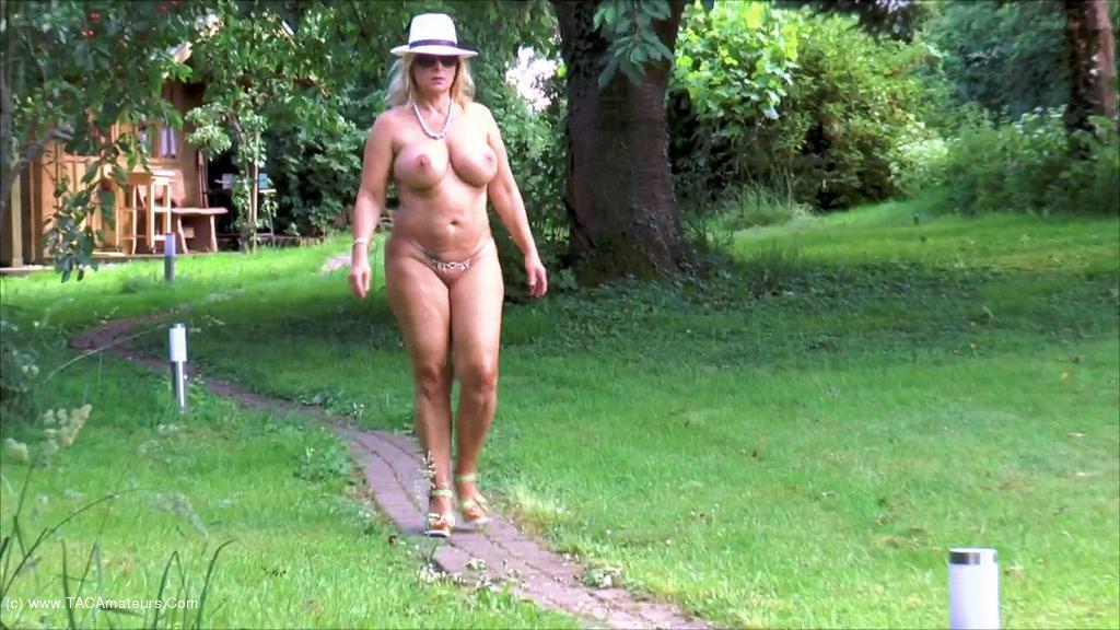 NudeChrissy - My Nudist Garden scene 3