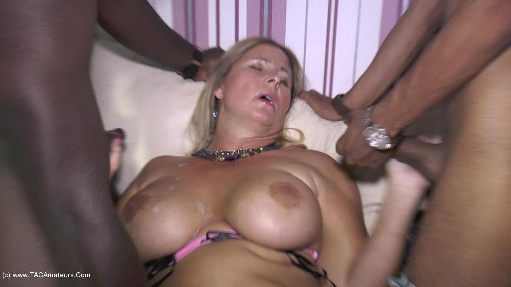 Two cheating wives holiday blowjob in miami - 1 part 1