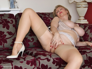 Sugarbabe - Jerking Picture Gallery