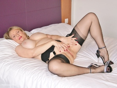 Sugarbabe - Sixty Nine HD Video