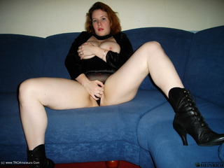 Luscious Models - Jessica Big Titted Redhead Picture Gallery