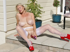 Sugarbabe - Outdoor Sex Photo Album