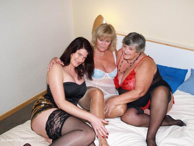 GrandmaLibby - Three Luscious Ladies