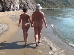 NudeChrissy - Walking Naked On The Beach HD Video