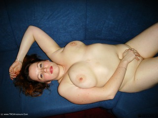 Luscious Models - Jessica Big Titted Redhead Pt5 Picture Gallery