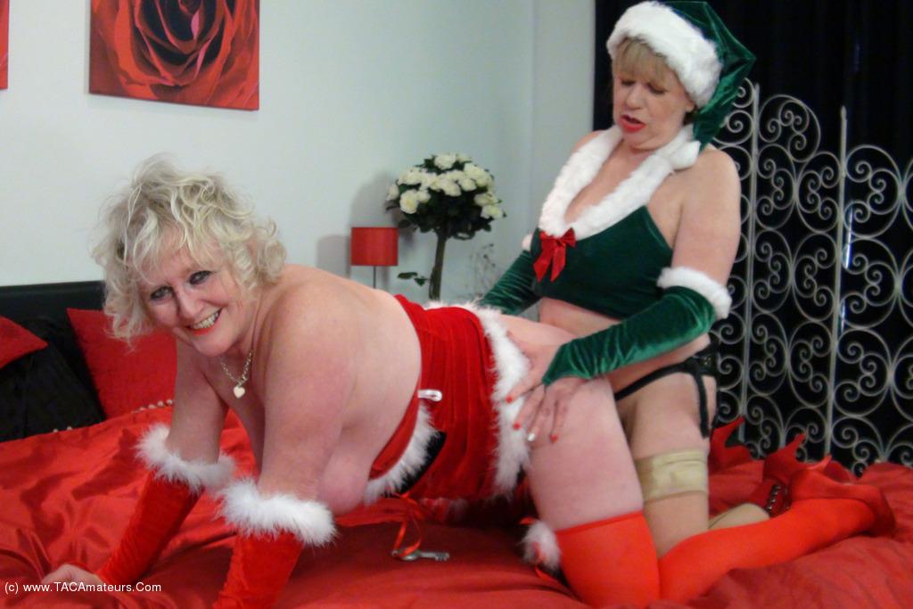ClaireKnight - Mrs Santa's Xmas Surprise Pt2 scene 0