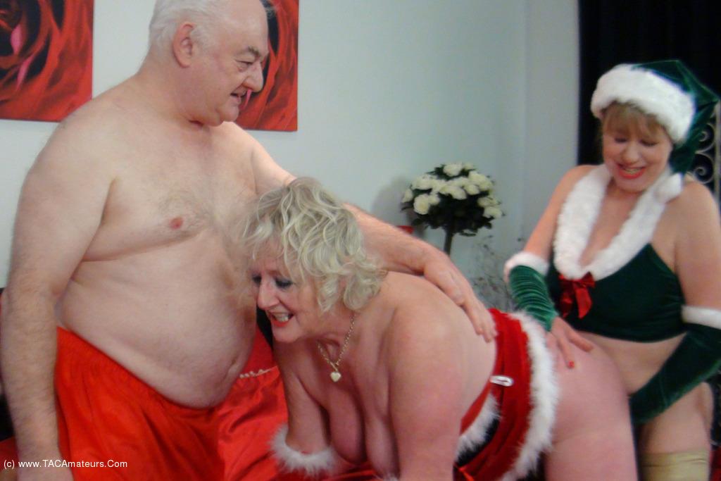 ClaireKnight - Mrs Santa's Xmas Surprise Pt2 scene 1