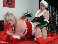 HD Video from ClaireKnight - Mrs Santa's Xmas Surprise Pt2.