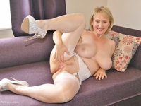 HD Video from Sugarbabe - Cream Pie Finish.