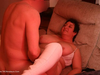 Kinky Carol - White Boots In Action Pt4 Picture Gallery