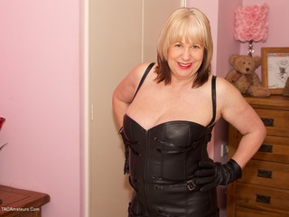 SpeedyBee - Leather Dress Picture Gallery