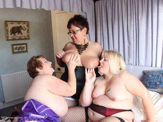 Kinky Carol - Carol Pammy  Lexie 3 Some Pt2 Picture Gallery