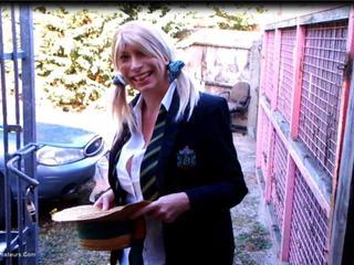 Barby Slut - Car Wash Pt1 HD Video