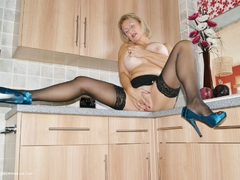 Sugarbabe - Getting Fucked In The Kitchen HD Video