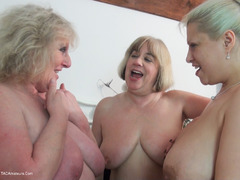 ClaireKnight - Strap On Sisters Pt2 HD Video