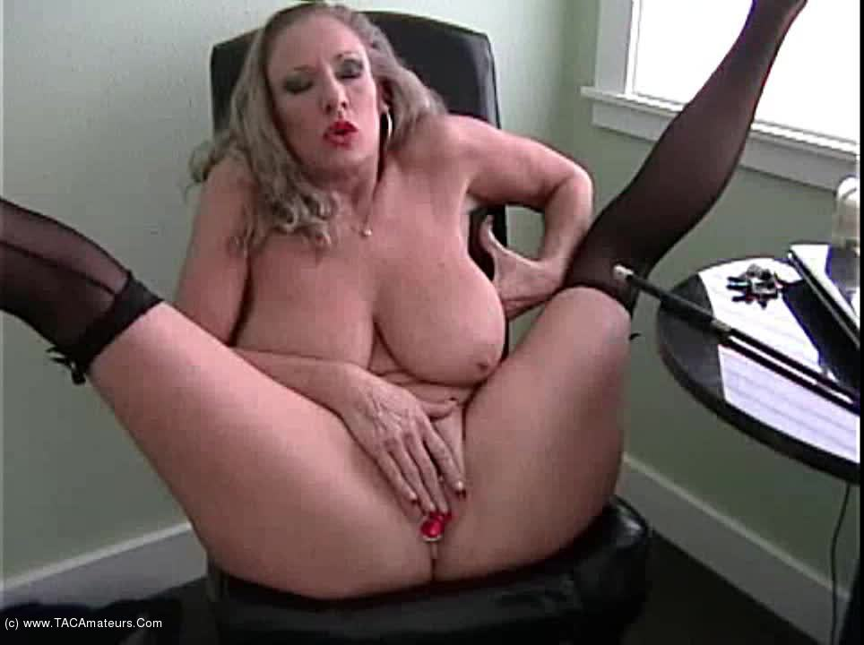 AwesomeAshley - Your Mistress Is Waiting scene 2