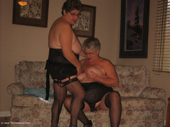 GirdleGoddess - New Strap-On Pt2 HD Video
