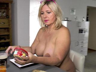 Nude Chrissy - Nude Breakfast HD Video