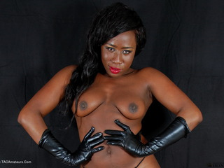 Luscious Models - Ebony Petals Dark Beauty Pt2 Picture Gallery
