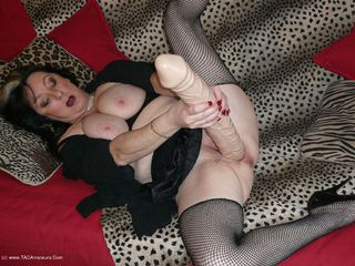 Mary Bitch - Monster Dildos Picture Gallery