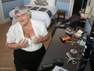 Grandma Libby - Hotel Room Picture Gallery