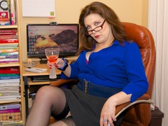 Dirty Doctor - Naughty Secretary Photo Album