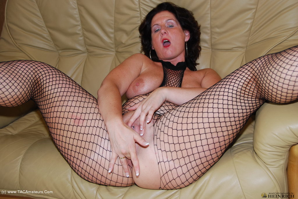 Mature slut galleries
