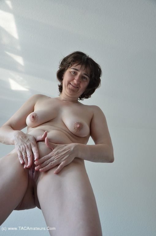 Shaved wives pussy photo thumbnails