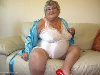 Grandma Libby - Retro Coresellete Picture Gallery