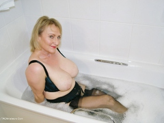 Sugarbabe - Getting Dirty In The Bath Gallery