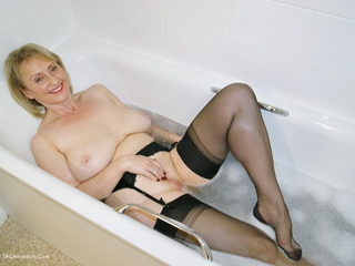 Sugarbabe - One Clean Pussy HD Video