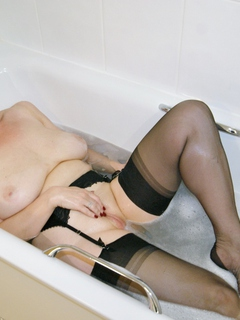 Sugarbabe - One Clean Pussy