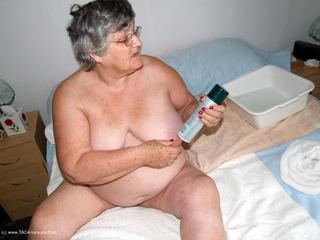 Grandma Libby - Shaving Picture Gallery