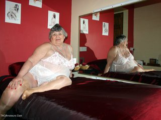 Grandma Libby - Bedroom Mirror Picture Gallery