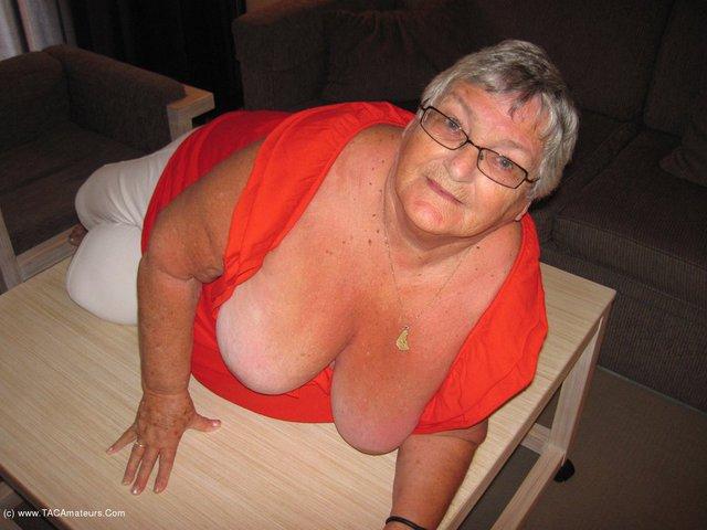 GrandmaLibby - Horny Cream