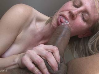 Sammie Slut - Sucking a big black cock HD Video
