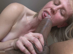 SammieSlut - Sucking a big black cock HD Video