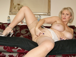 Sugarbabe - Swingers Party Time Picture Gallery
