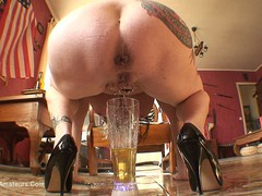 MaryBitch - Beer Bottle In My Pussy Pt2 HD Video