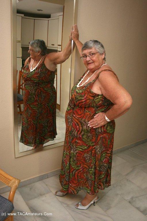 Libby granny Libby Ellis
