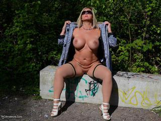 Nude Chrissy - On The Stairs To Heaven Picture Gallery